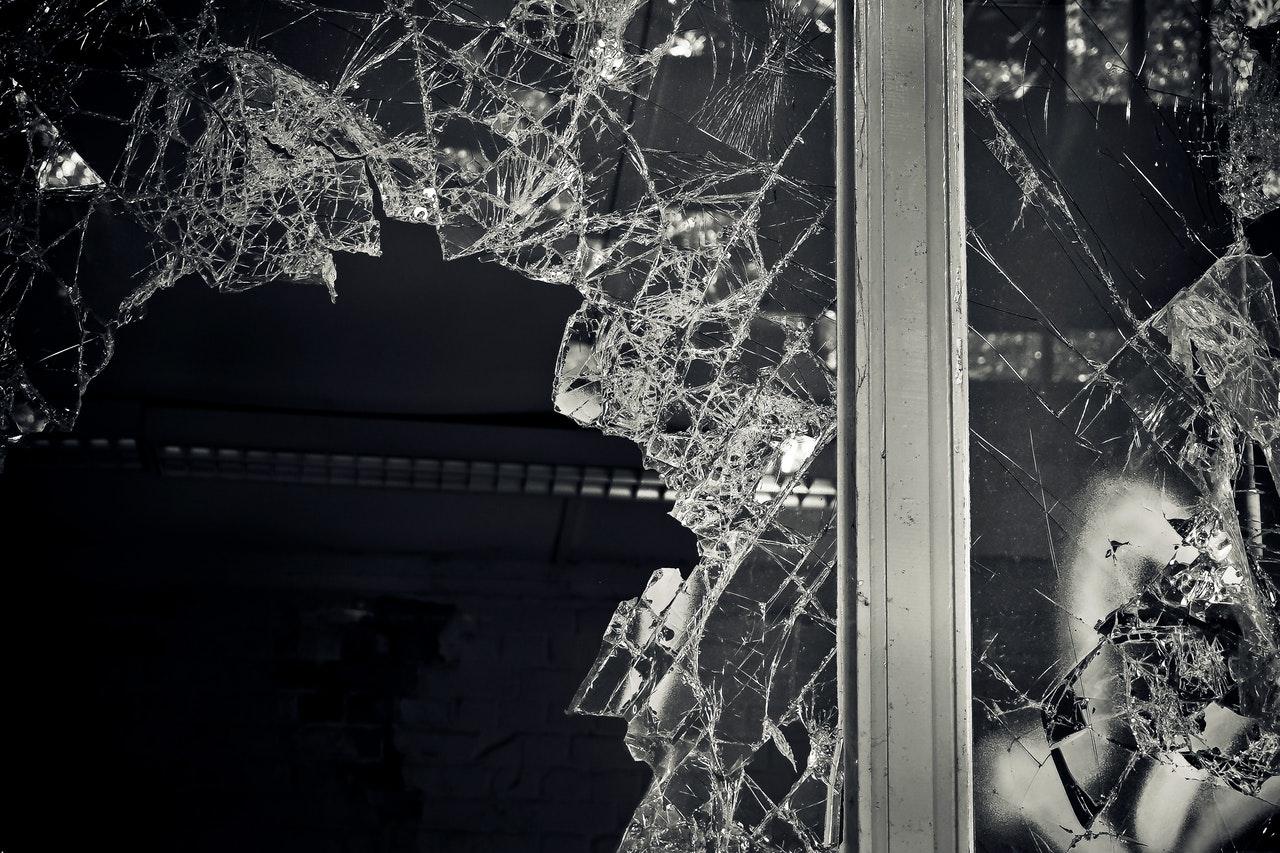 Fensterkauf Einbruchschutz Verbundsicherheitsglas Fenster kaufen Preise Fenster aus Polen