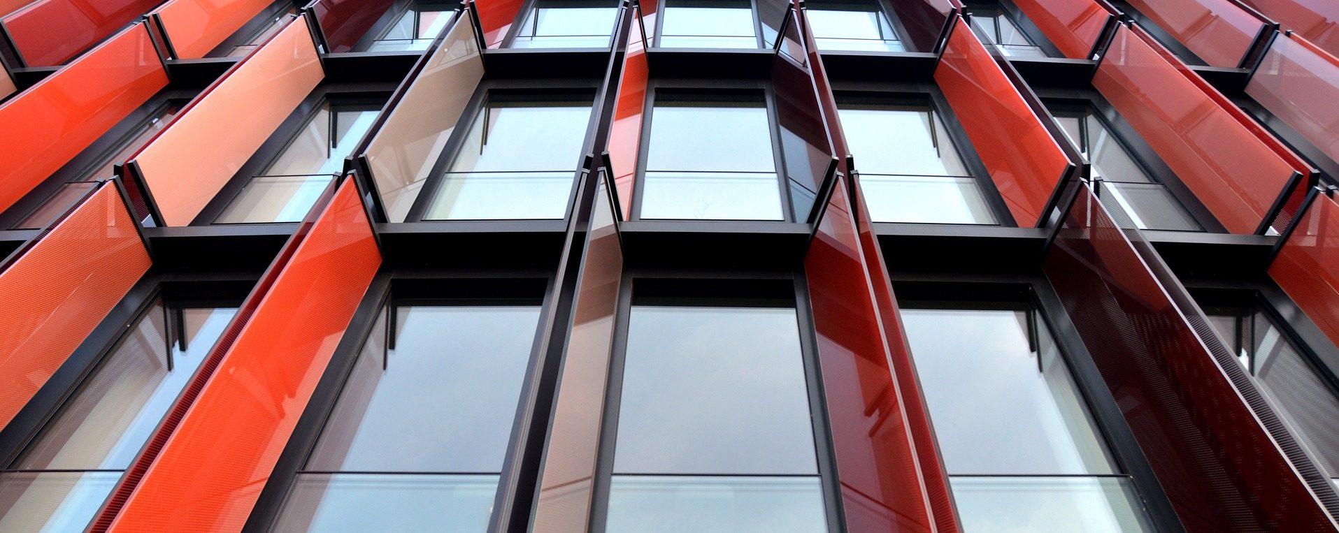 Welche Fenster für Altbau? Lamellenfenster Welche Fenster zu welchem Haus? Schiebefenster Doppelkastenfenster Sprossenfenster